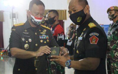 PUSDIKARHANUD MENYABET 4 PRESTASI MEMBANGGAKAN PADA PUNCAK PERINGATAN HUT KE-74 ARHANUD TNI AD